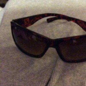 Accessories - Ron fashion sunglasses